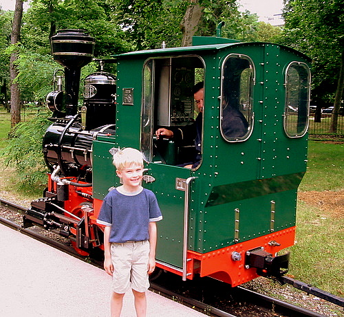 Petit train at the Jardin d'Acclimatation