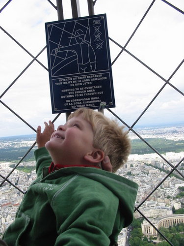 Singing at the top of the Eiffel Tower