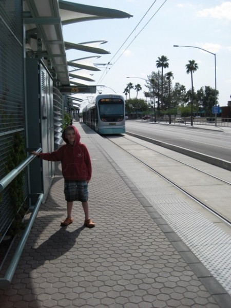 042309_light_rail