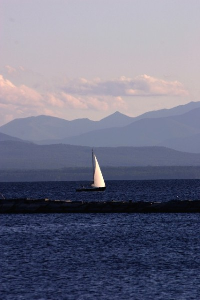 Mondays are for dreaming: Lake Champlain