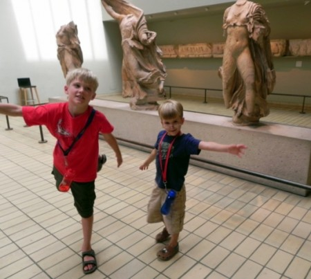 Acting like statues at the British Museum