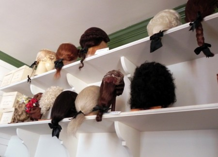 Wigs on display at Colonial Williamsburg