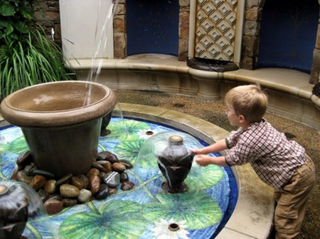 Fountain in the indoor children's garden Longwood