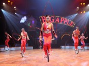 Chinese acrobats in the Big Apple Circus