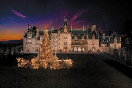 Front of Biltmore house at Christmas