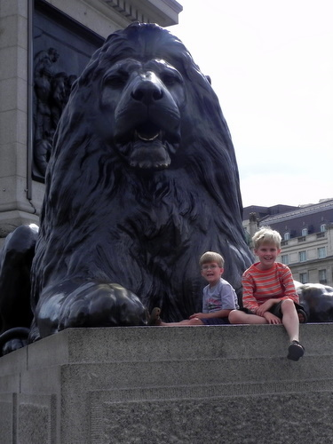 Tommy and Teddy with the lion in Trafalgar Square