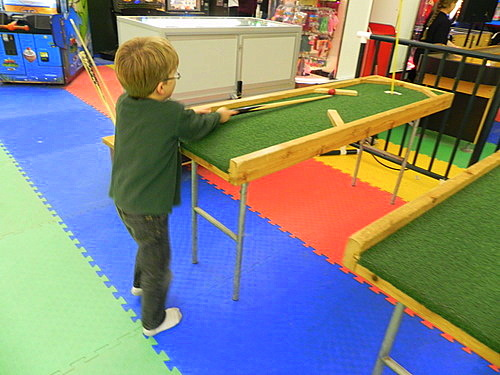 Teddy playing table golf, Smuggs Funzone