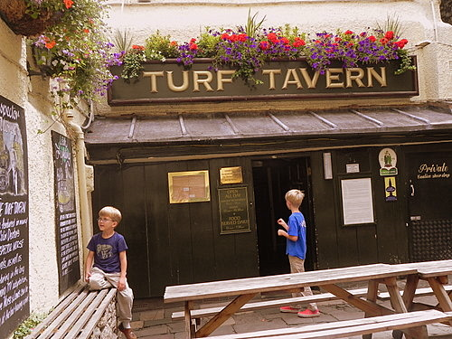 Beer Garden at the Turf Tavern, Oxford