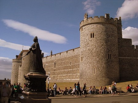Mondays are for dreaming: Visiting Windsor with kids