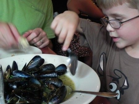 Checking out the steamed mussels at Giacomo's in Boston