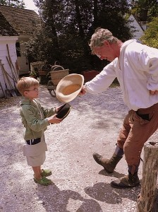 Exchanging courtesies in Colonial Williamsburg