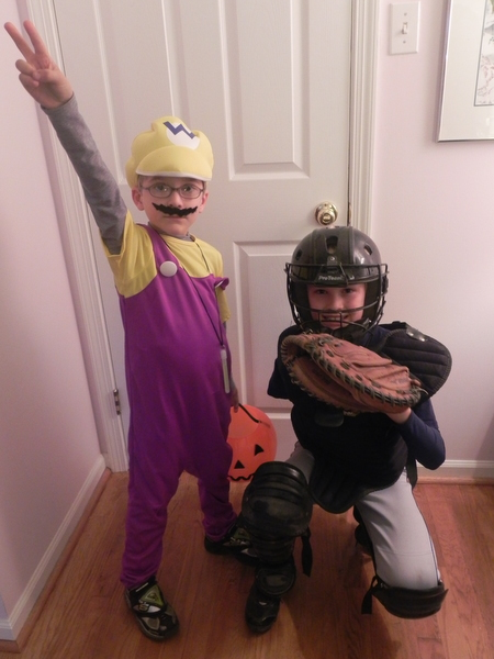 Wario and a catcher
