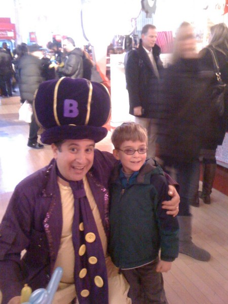 Meeting the Balloniac at FAO Schwarz