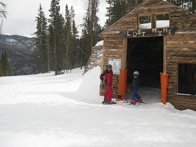 Skiing at the Lost Mine Keystone Resort