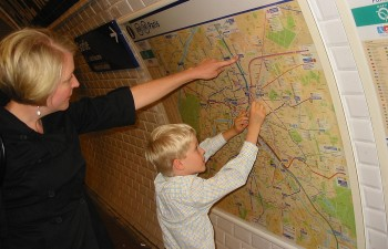 Tracing a Metro map in Paris