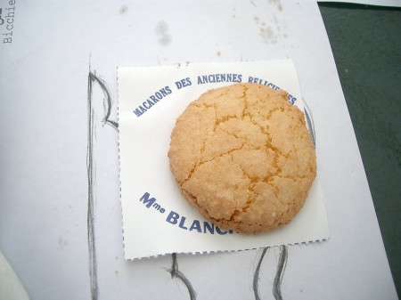 A Saint-Emilion macaron is pretty plain!
