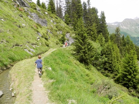 The path in Verbier is easy for kids