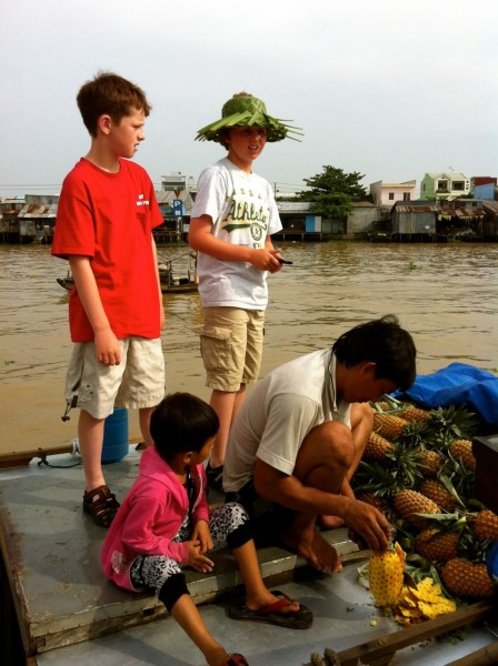 Visiting the Cai Rang Floating Market