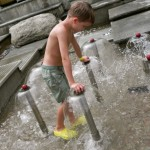 Vermont with kids: Water play at the Montshire Musem of Science