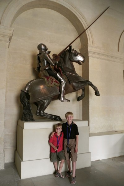 Paris with kids: Invalides armor