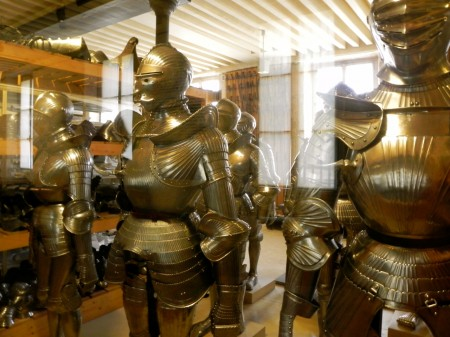 The armory at Invalides has hundreds of suits of armor in it