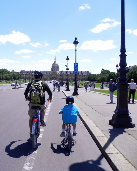 Kids can ride their bikes in Paris - I've got proof.