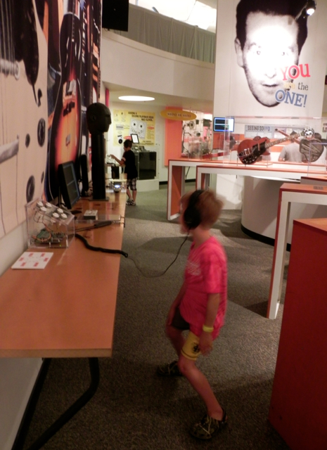 Grooving in the Milwaukee Discovery World House of Sound