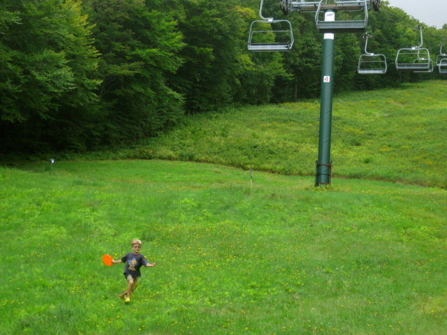 One of the disc golf courses at Sugarbush runs right under the lift