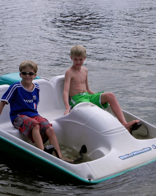 Look Mom! We're boating on our own