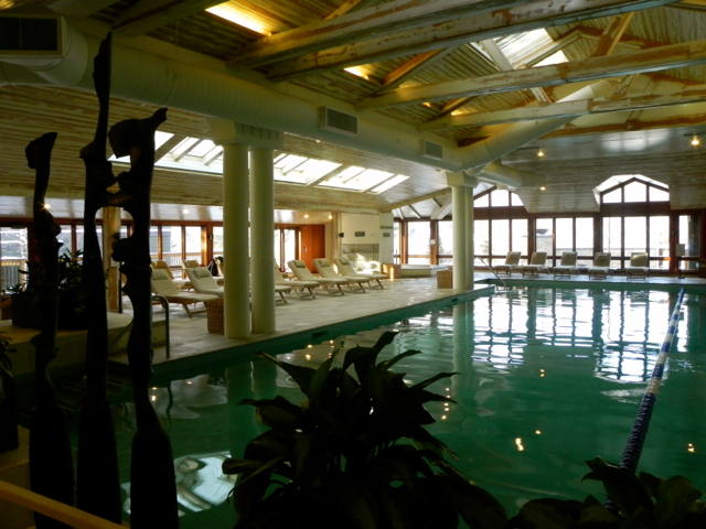 Indoor pool Topnotch