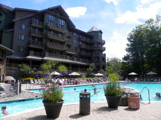 towe Mountain Lodge pool